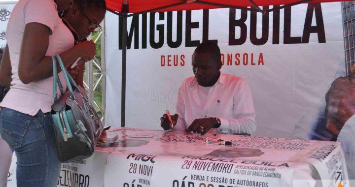 Miguel Buila na Praça da da Independência