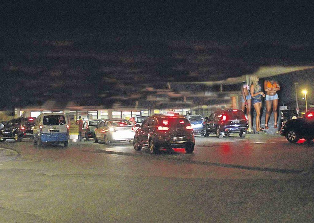 Prostituição e drogas em W.C. de bombas de combustível