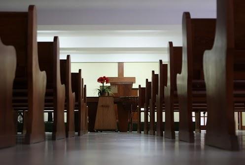 igreja-vazia