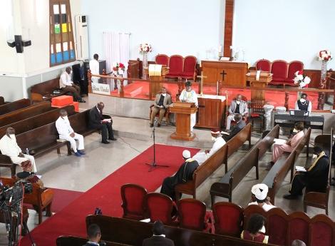 Líderes religiosos em oração para a eliminação da Covid-19