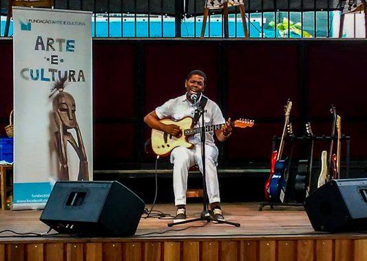 Fundação Arte e Cultura apresenta concerto online com o músico Totó